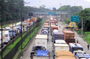 portodesantos_congestionamento